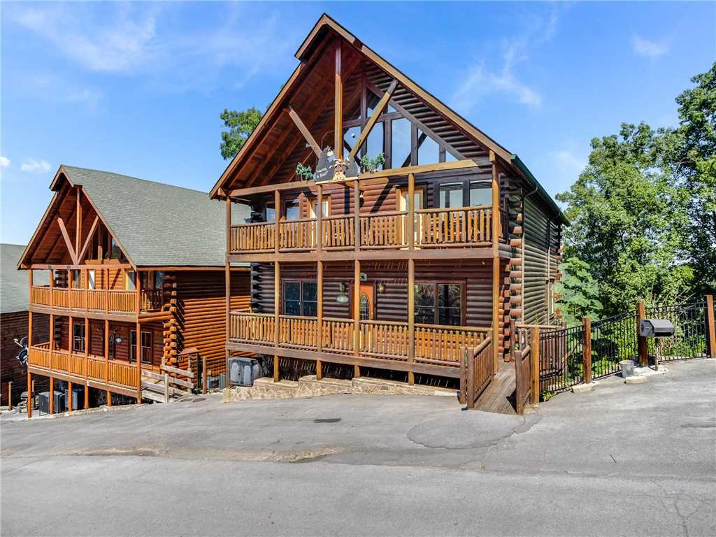 Photo of a Sevierville Cabin named Having A Blast - This is the fortieth photo in the set.