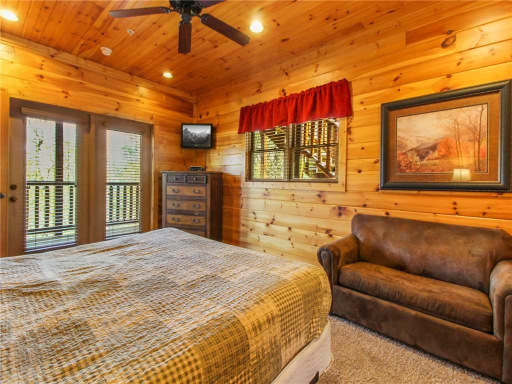 Photo of a Gatlinburg Cabin named Big Sky Lodge Ii - This is the twenty-first photo in the set.