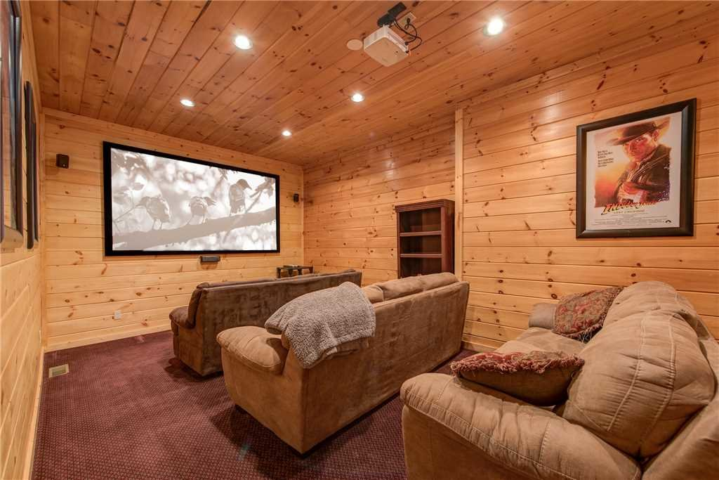 Photo of a Sevierville Cabin named Having A Blast - This is the fourteenth photo in the set.