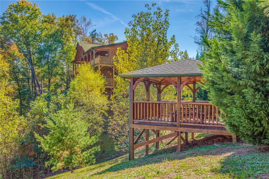 Photo of a Gatlinburg Cabin named Big Sky Lodge Ii - This is the forty-third photo in the set.