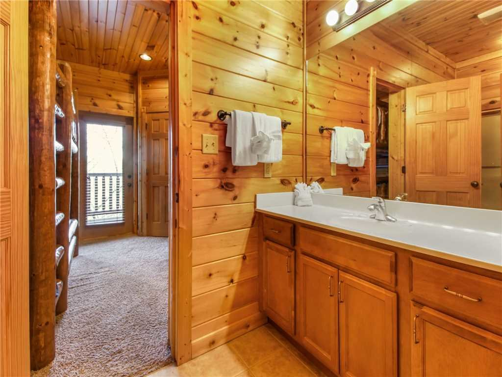 Photo of a Gatlinburg Cabin named Big Sky Lodge Ii - This is the thirty-sixth photo in the set.