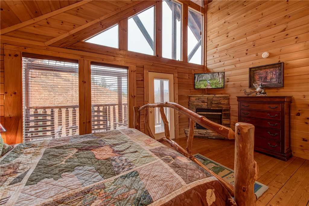 Photo of a Sevierville Cabin named Having A Blast - This is the thirty-first photo in the set.