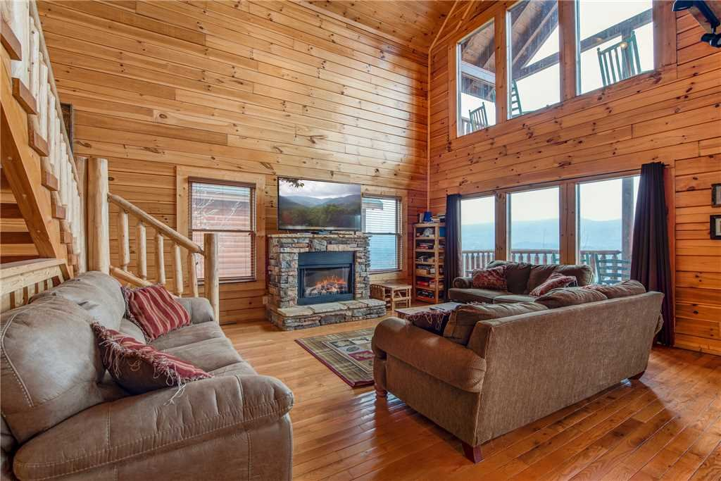 Photo of a Sevierville Cabin named Having A Blast - This is the first photo in the set.