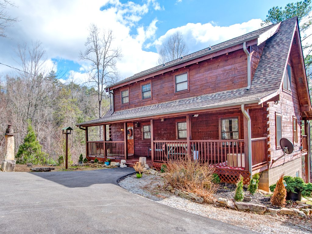 Photo of a Gatlinburg Cabin named Black Bear Hideaway - This is the twenty-third photo in the set.