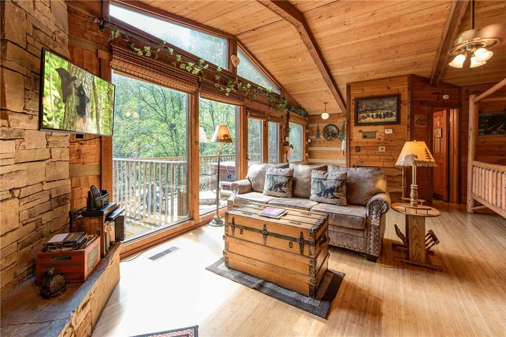 Photo of a Gatlinburg Cabin named Rustic Charm - This is the second photo in the set.