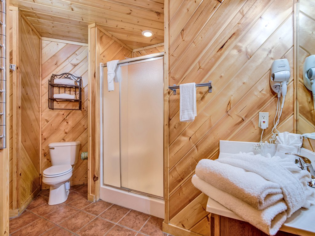 Photo of a Gatlinburg Cabin named Irish Blessings - This is the twelfth photo in the set.