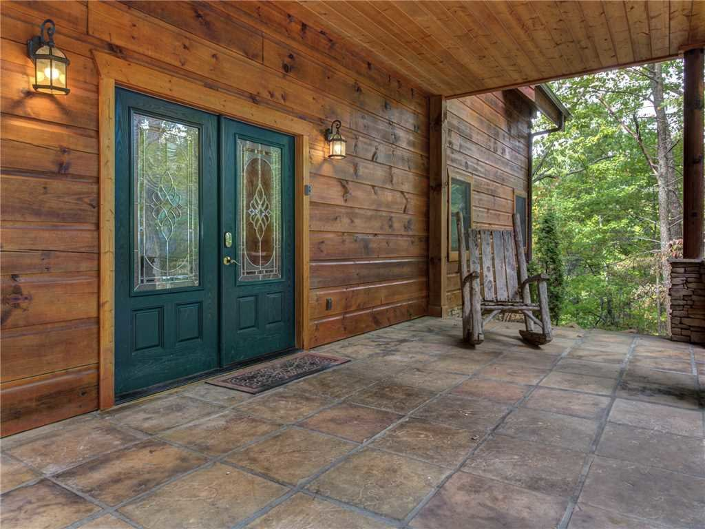 Photo of a Gatlinburg Cabin named Unbridled Spirit - This is the forty-fourth photo in the set.