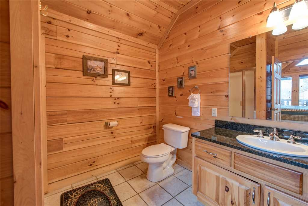 Photo of a Sevierville Cabin named Having A Blast - This is the twenty-ninth photo in the set.