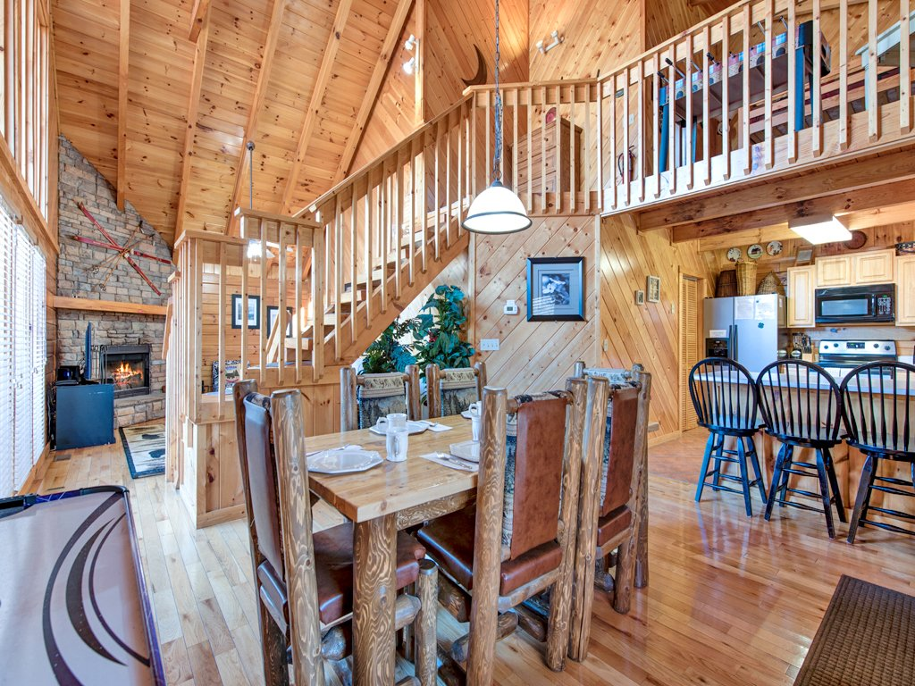 Photo of a Gatlinburg Cabin named Irish Blessings - This is the fourth photo in the set.