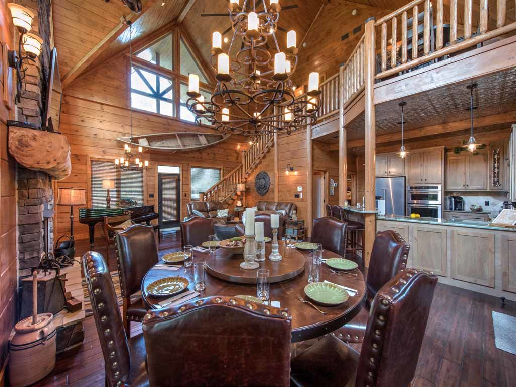 Photo of a Gatlinburg Cabin named Bear Elegance - This is the seventh photo in the set.