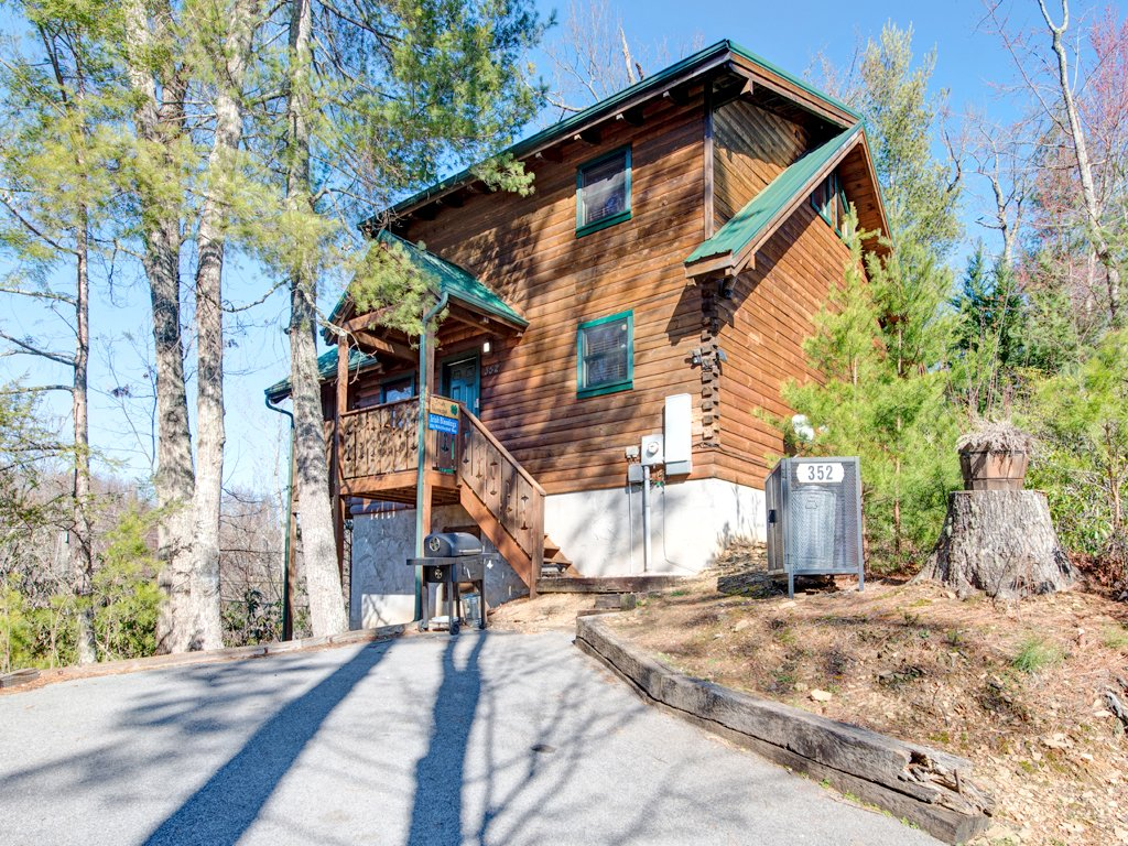 Photo of a Gatlinburg Cabin named Irish Blessings - This is the seventeenth photo in the set.