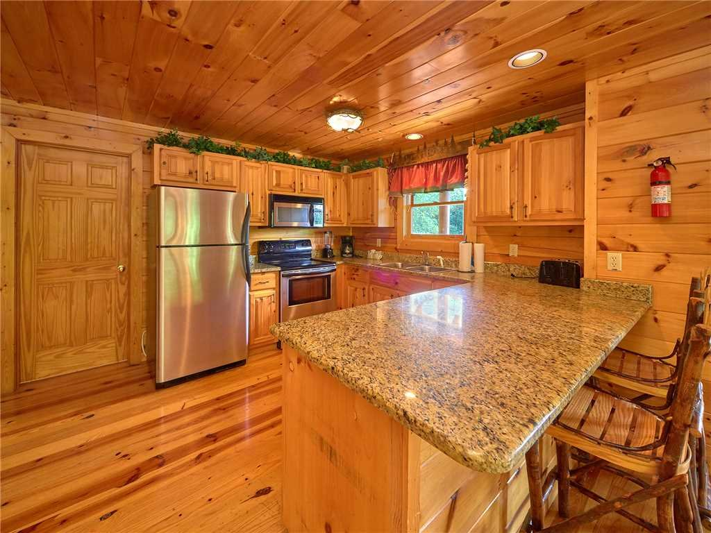 Photo of a Sevierville Cabin named Close To Heaven - This is the sixth photo in the set.