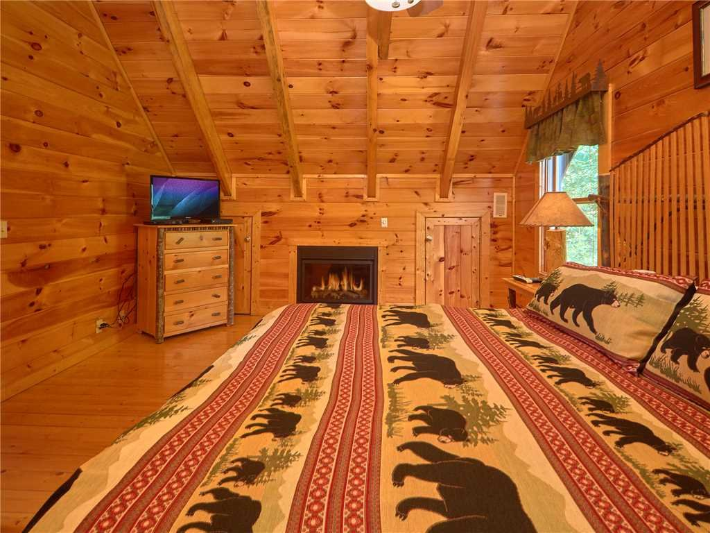 Photo of a Sevierville Cabin named Close To Heaven - This is the tenth photo in the set.