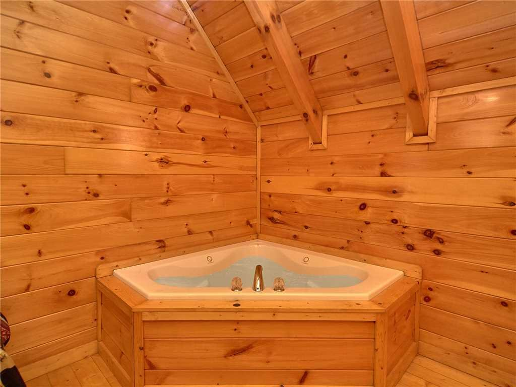 Photo of a Sevierville Cabin named Close To Heaven - This is the eleventh photo in the set.