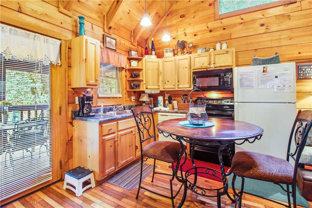 Photo of a Sevierville Cabin named Wild At Heart - This is the sixth photo in the set.