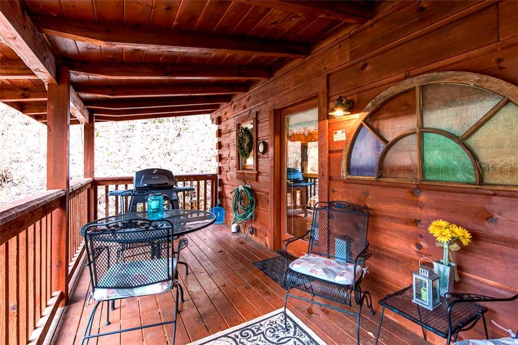 Photo of a Sevierville Cabin named Wild At Heart - This is the fifteenth photo in the set.