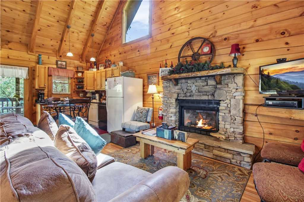 Photo of a Sevierville Cabin named Wild At Heart - This is the fourth photo in the set.