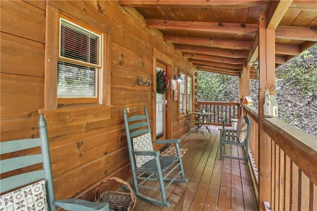 Photo of a Sevierville Cabin named Wild At Heart - This is the eighteenth photo in the set.