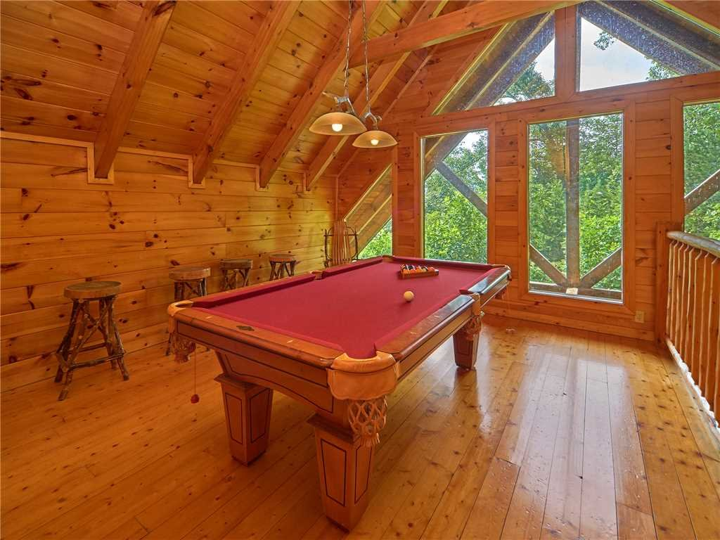 Photo of a Sevierville Cabin named Close To Heaven - This is the eighth photo in the set.