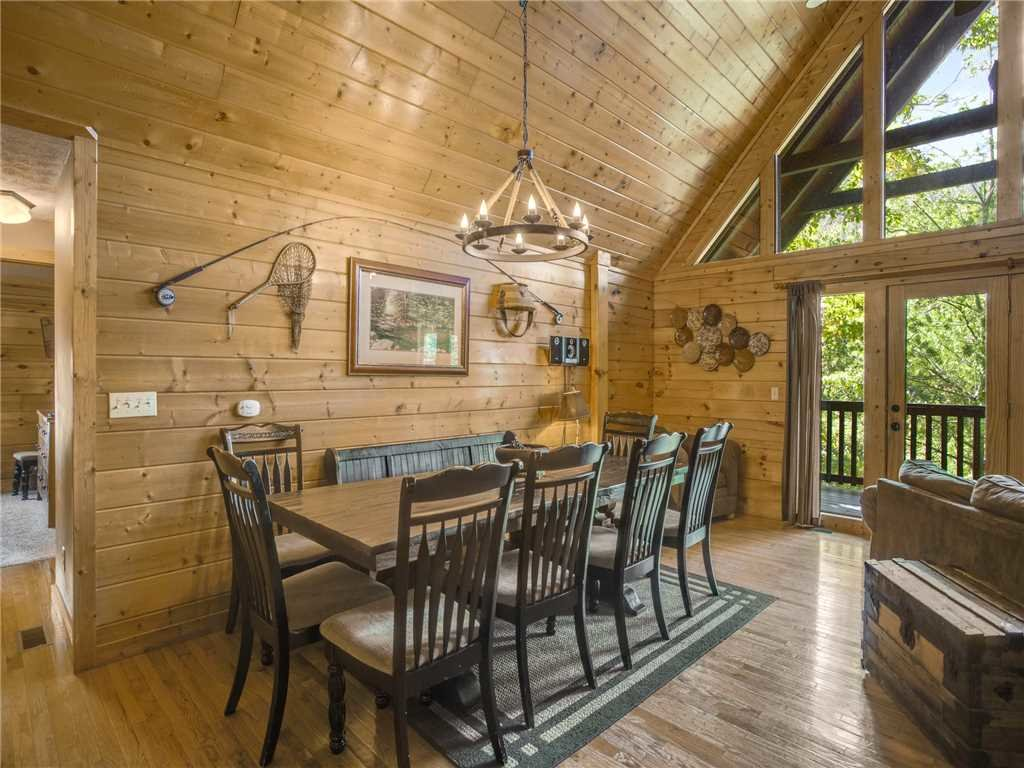 Photo of a Gatlinburg Cabin named Smoky Bear Lodge - This is the eighth photo in the set.