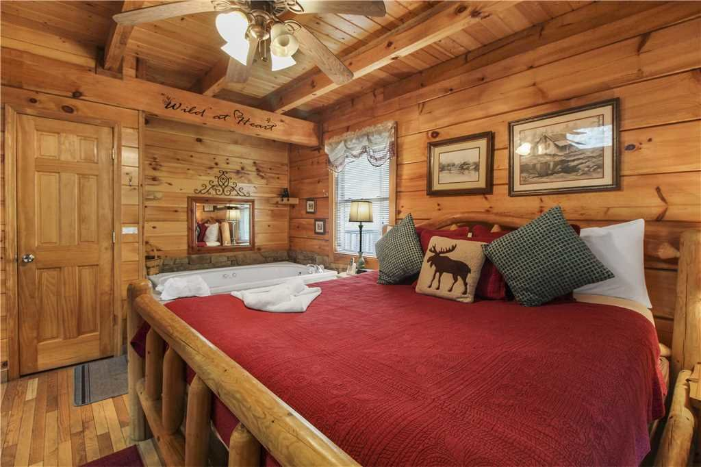Photo of a Sevierville Cabin named Wild At Heart - This is the ninth photo in the set.