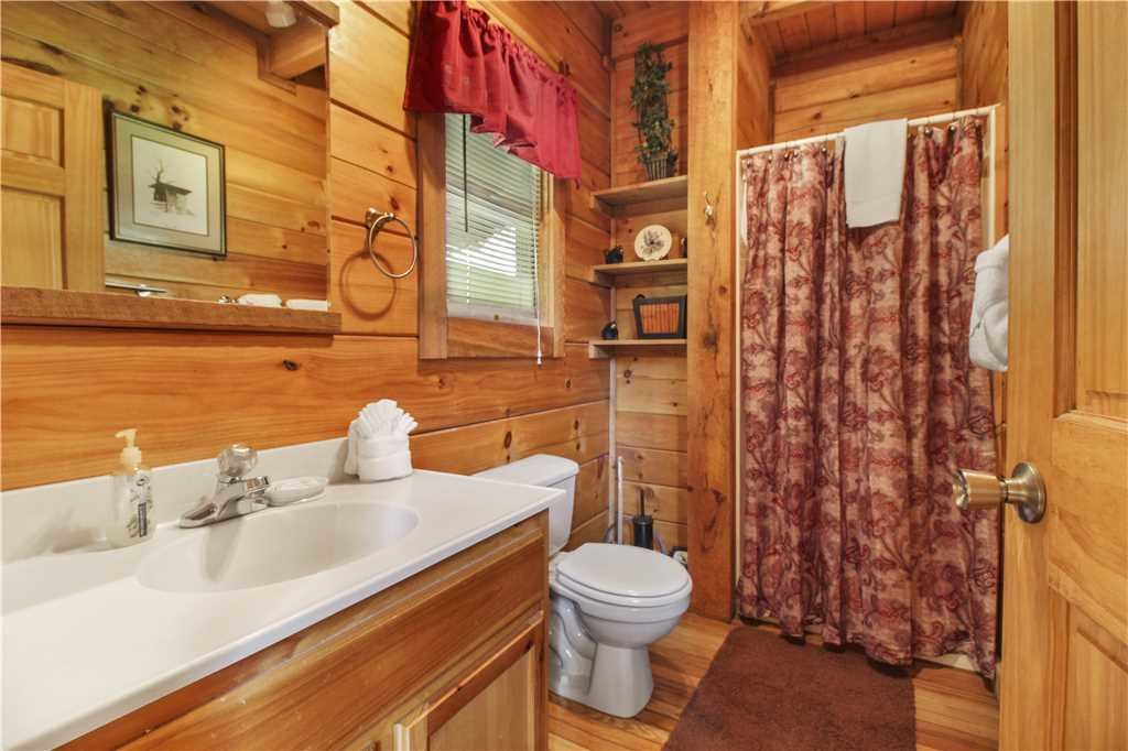 Photo of a Sevierville Cabin named Wild At Heart - This is the eleventh photo in the set.