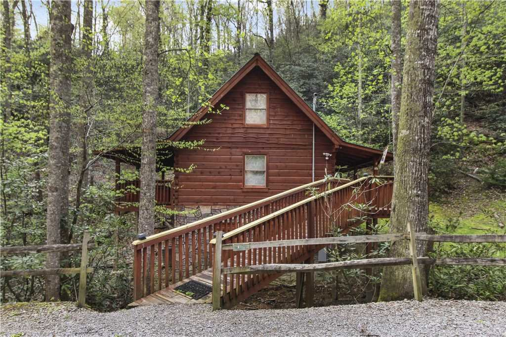 Photo of a Sevierville Cabin named Wild At Heart - This is the twentieth photo in the set.