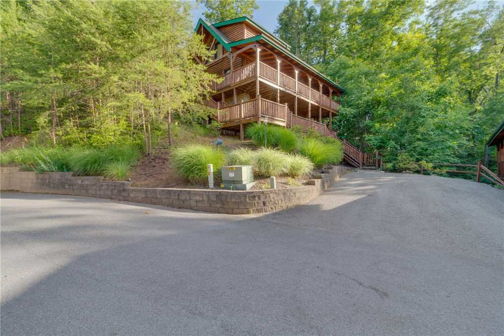 Photo of a Gatlinburg Cabin named Angels Rest - This is the thirty-second photo in the set.