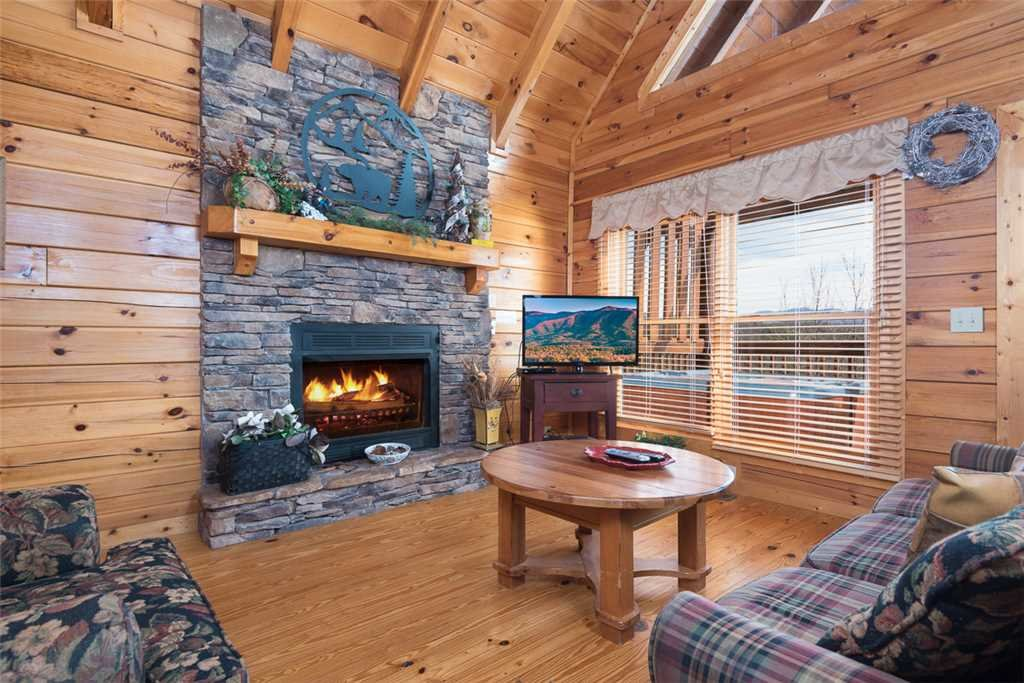Photo of a Pigeon Forge Cabin named Cloud Nine At Sherwood Forest - This is the first photo in the set.