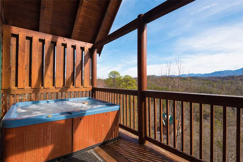 Photo of a Pigeon Forge Cabin named Cloud Nine At Sherwood Forest - This is the eleventh photo in the set.