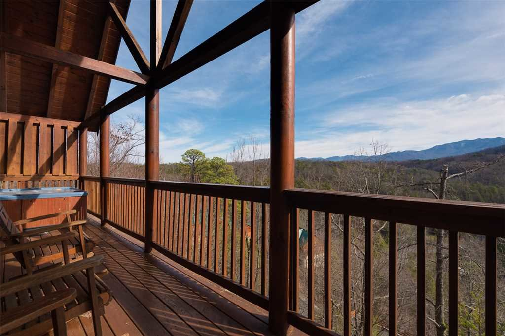 Photo of a Pigeon Forge Cabin named Cloud Nine At Sherwood Forest - This is the twelfth photo in the set.