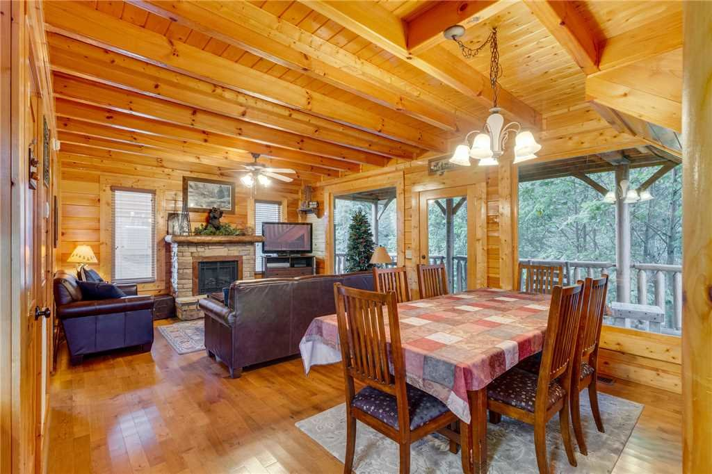 Photo of a Sevierville Cabin named Rustic Retreat - This is the eighth photo in the set.