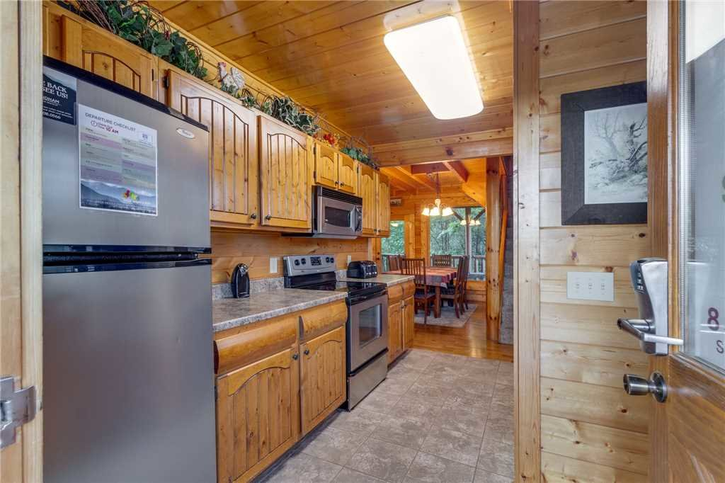 Photo of a Sevierville Cabin named Rustic Retreat - This is the eleventh photo in the set.