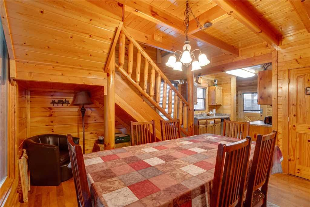 Photo of a Sevierville Cabin named Rustic Retreat - This is the sixth photo in the set.