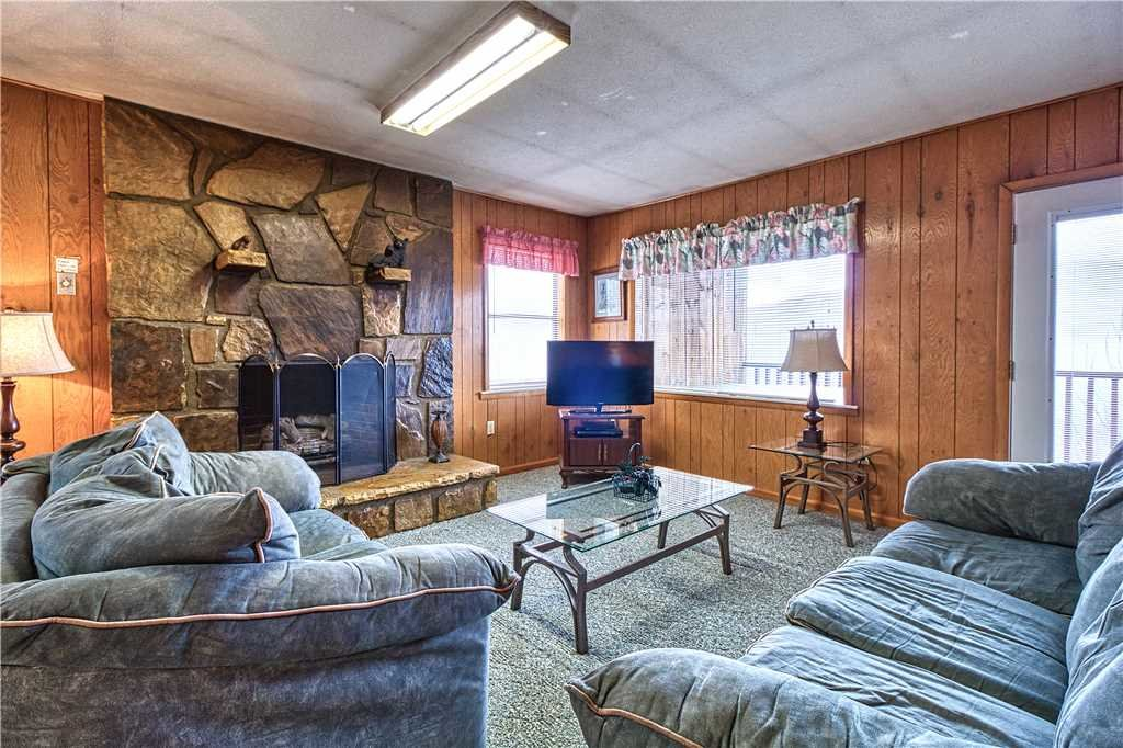 Photo of a Gatlinburg Cabin named Park View 2 - This is the second photo in the set.