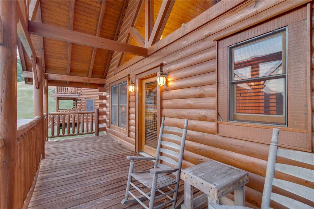 Photo of a Sevierville Cabin named Rustic Retreat - This is the thirty-first photo in the set.
