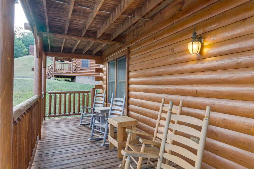 Photo of a Sevierville Cabin named Rustic Retreat - This is the thirty-eighth photo in the set.
