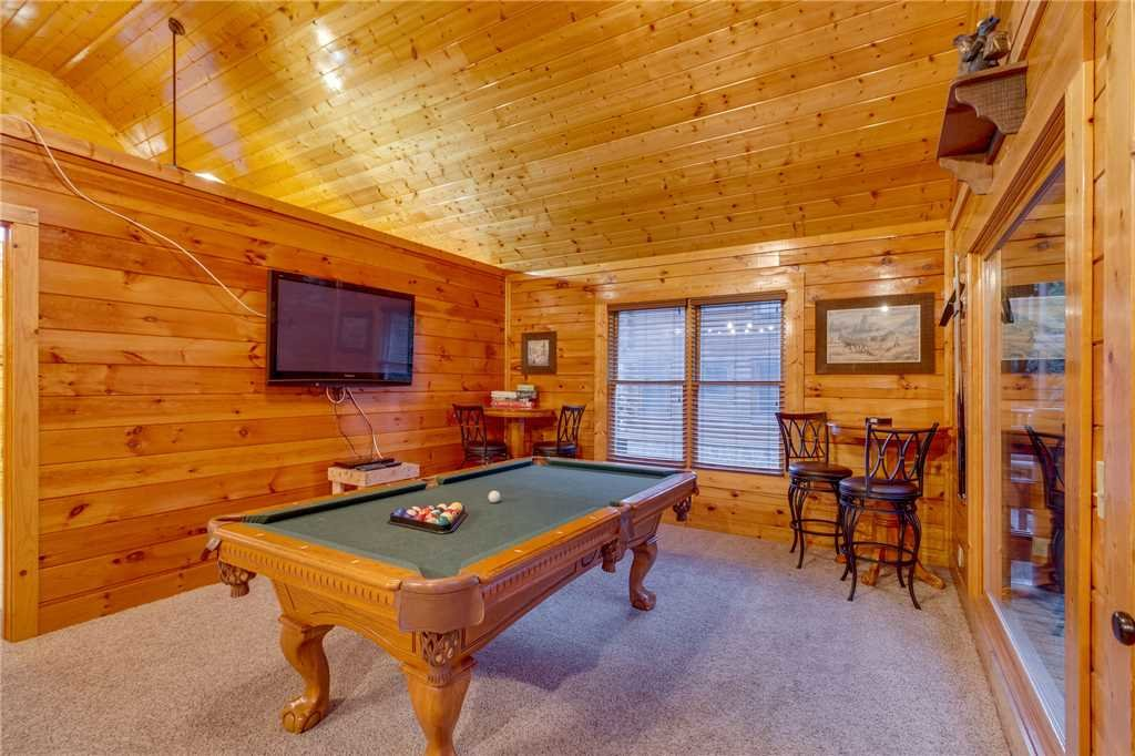 Photo of a Sevierville Cabin named Rustic Retreat - This is the twentieth photo in the set.