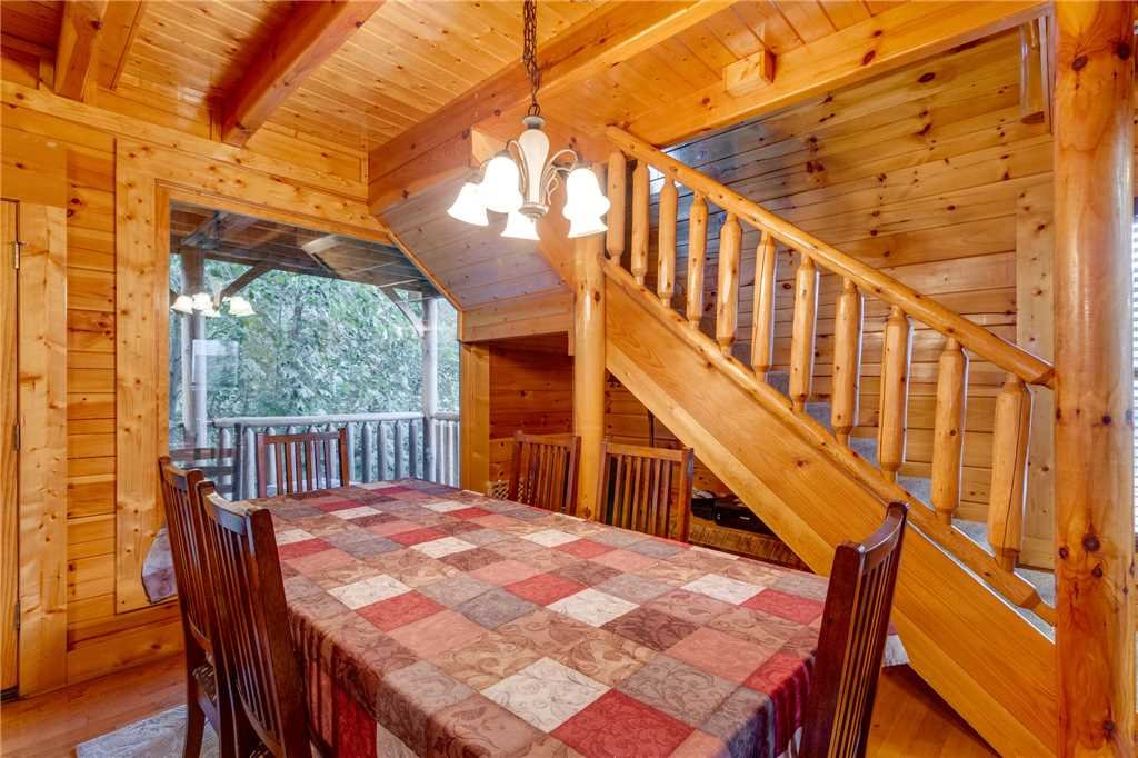 Photo of a Sevierville Cabin named Rustic Retreat - This is the seventh photo in the set.