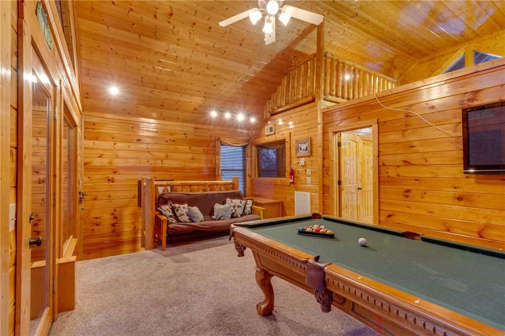 Photo of a Sevierville Cabin named Rustic Retreat - This is the twenty-first photo in the set.