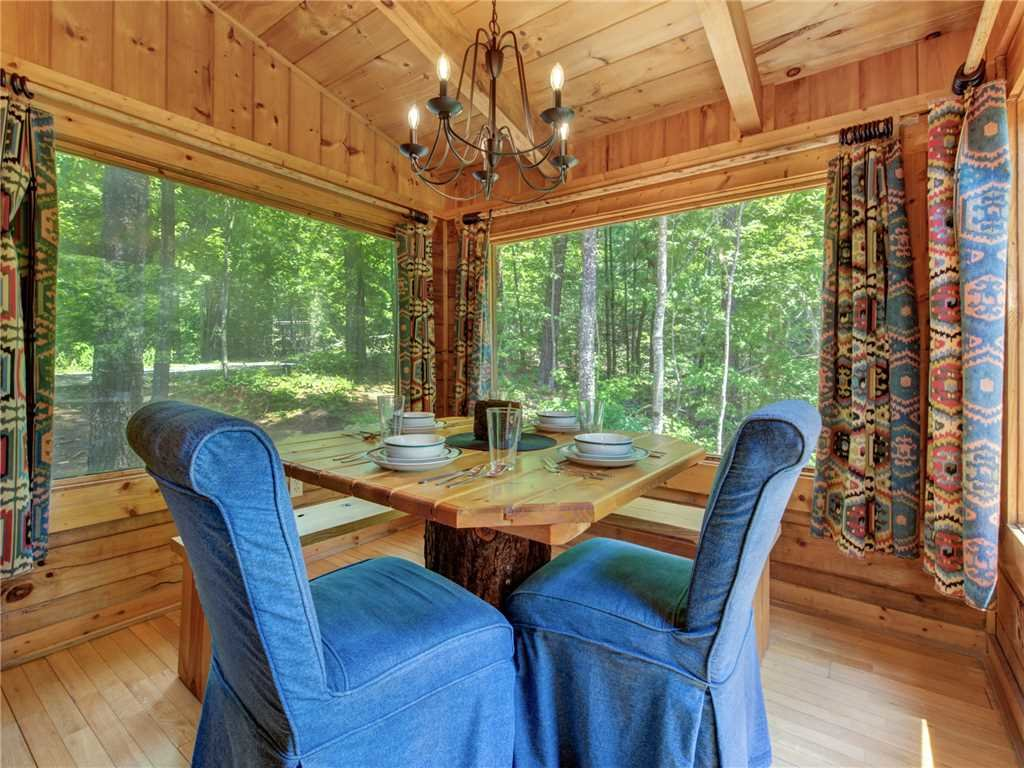 Photo of a Sevierville Cabin named Peaceful Mountain Gem - This is the first photo in the set.