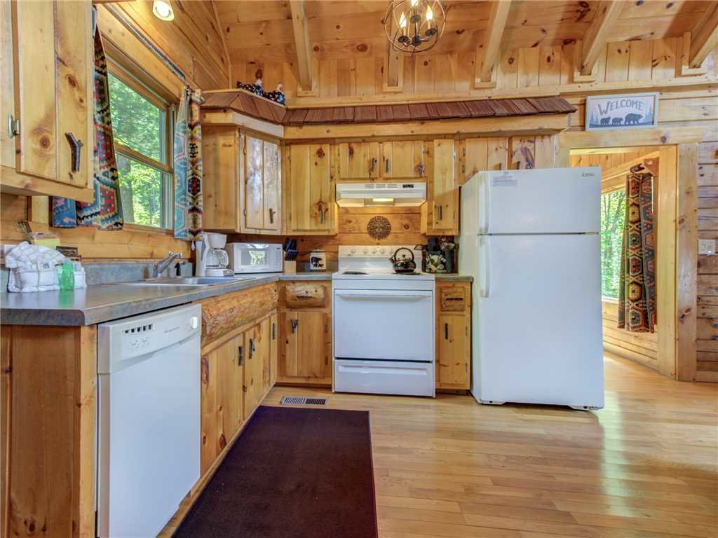 Photo of a Sevierville Cabin named Peaceful Mountain Gem - This is the ninth photo in the set.