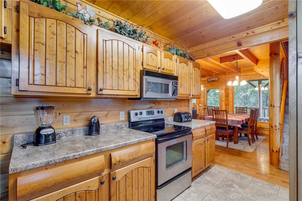 Photo of a Sevierville Cabin named Rustic Retreat - This is the tenth photo in the set.