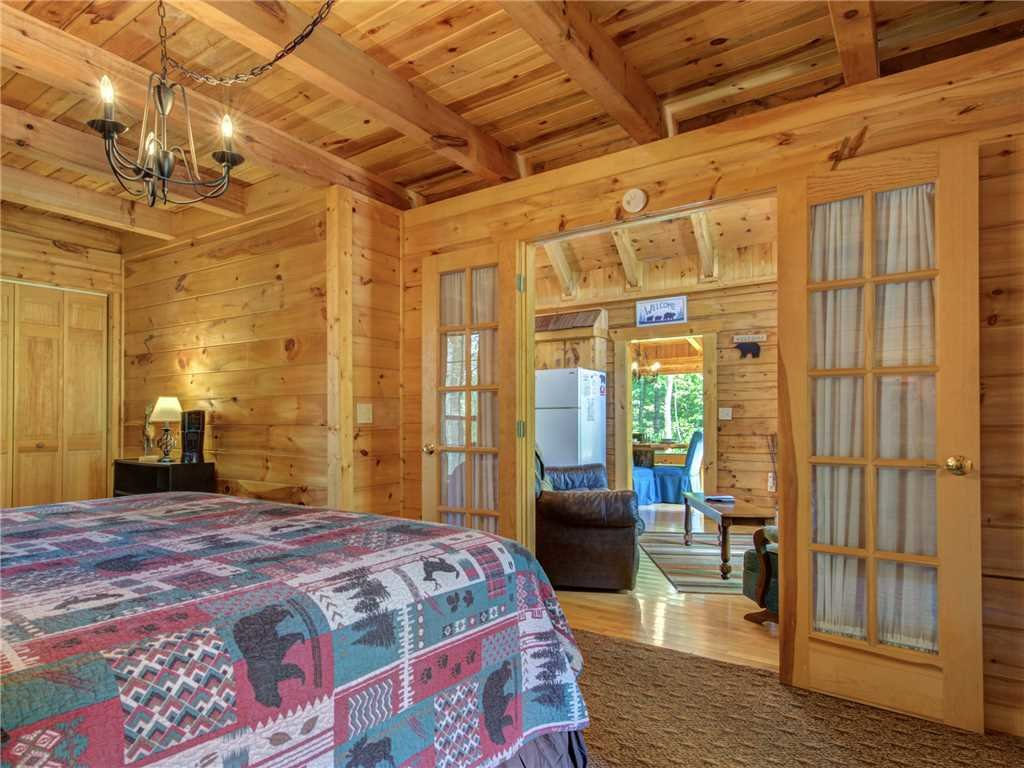 Photo of a Sevierville Cabin named Peaceful Mountain Gem - This is the fourteenth photo in the set.