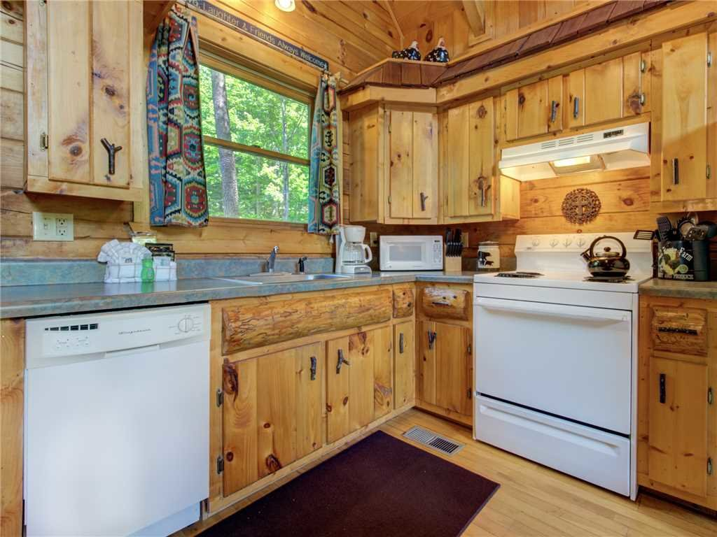 Photo of a Sevierville Cabin named Peaceful Mountain Gem - This is the tenth photo in the set.