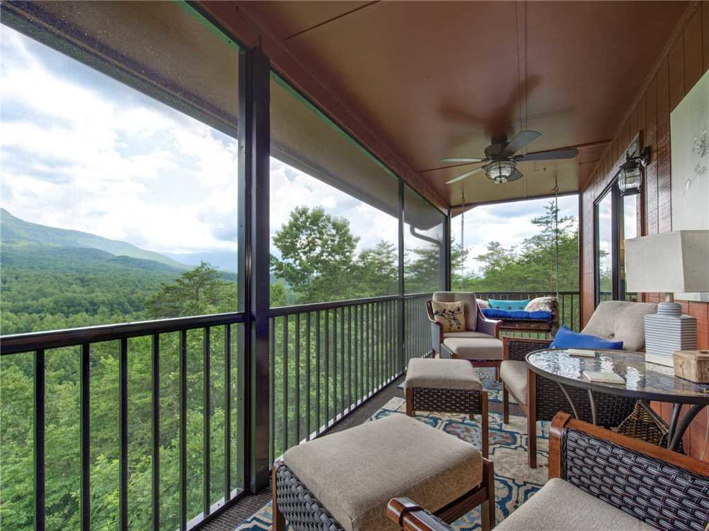 Photo of a Gatlinburg Condo named Pinnacle Penthouse - This is the twenty-third photo in the set.