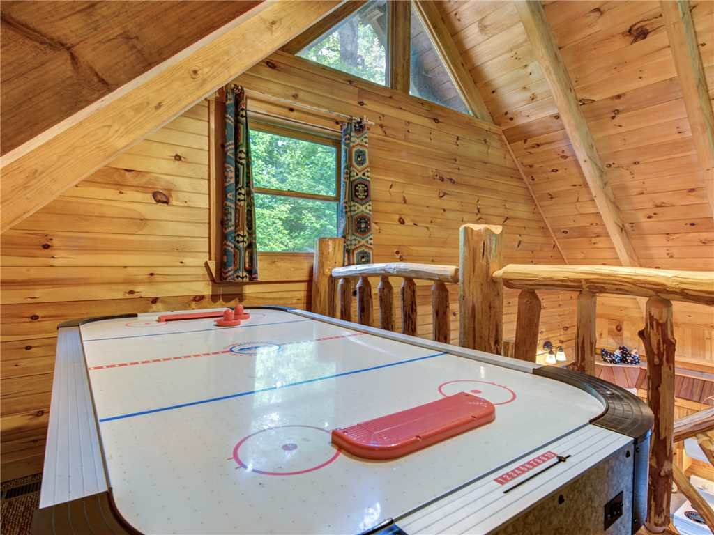Photo of a Sevierville Cabin named Peaceful Mountain Gem - This is the twelfth photo in the set.