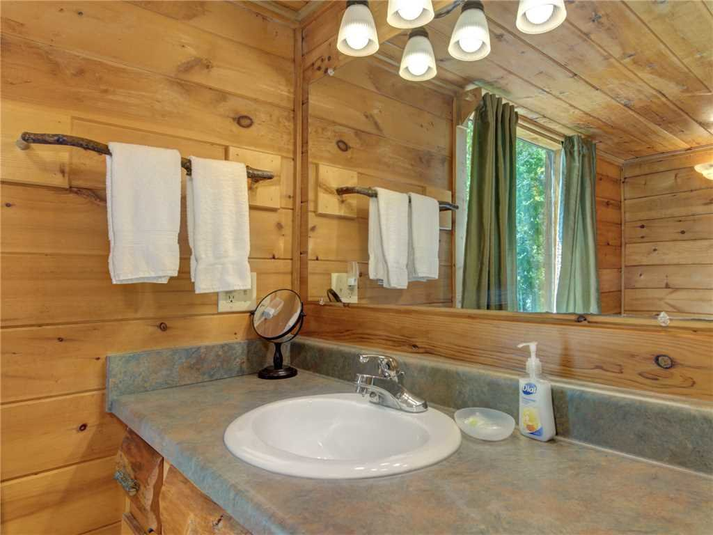 Photo of a Sevierville Cabin named Peaceful Mountain Gem - This is the seventeenth photo in the set.