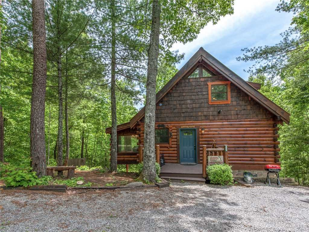 Photo of a Sevierville Cabin named Peaceful Mountain Gem - This is the thirty-third photo in the set.