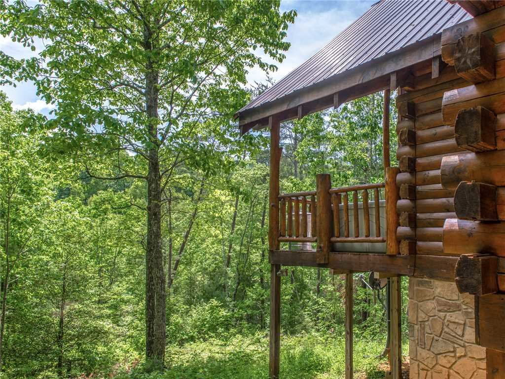 Photo of a Sevierville Cabin named Peaceful Mountain Gem - This is the thirty-second photo in the set.